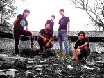 05-lebah-band